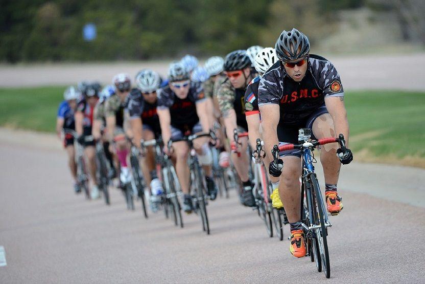 Meilleures-Idées-Cadeaux-Pour-Les-Cyclistes